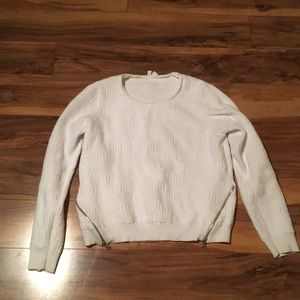 Anthropologie white sweatshirt size M